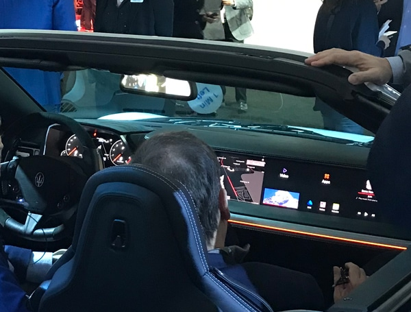 automotive multi-displays at CES 2018