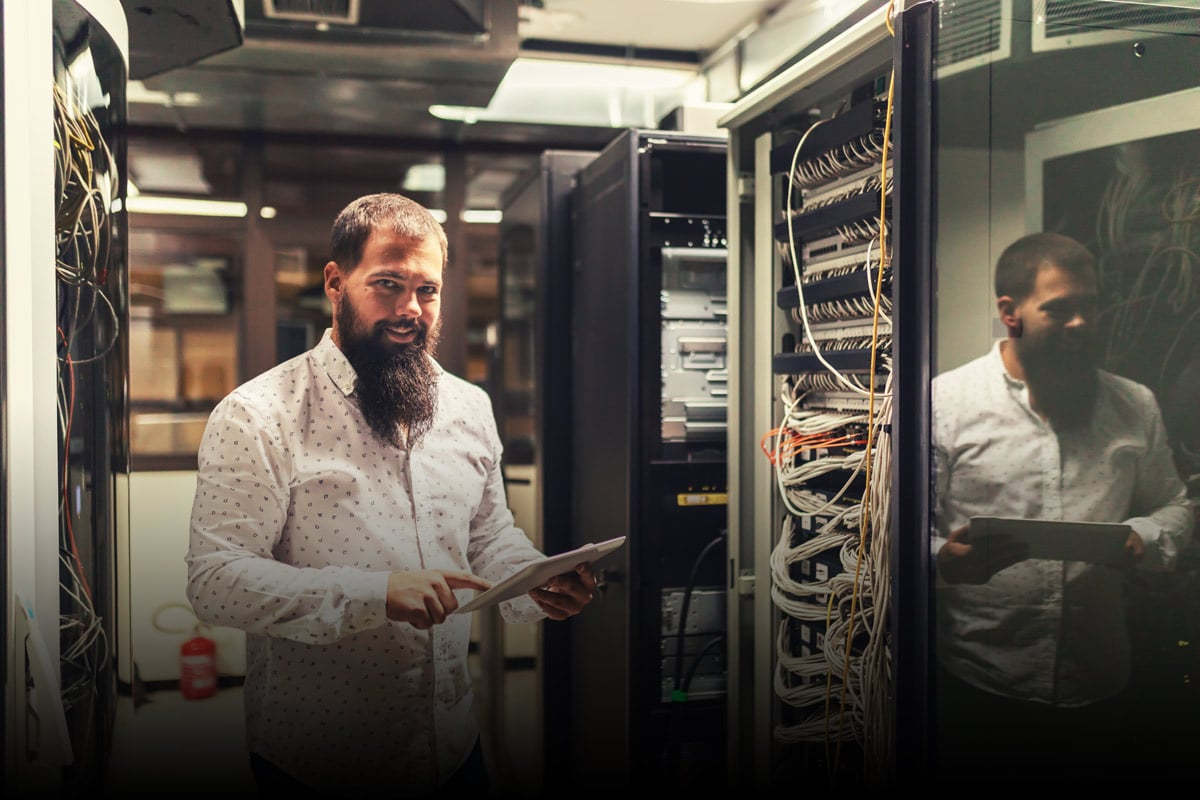 Accelerate Containerized Databases with Western Digital® SSDs and Red Hat® CNS